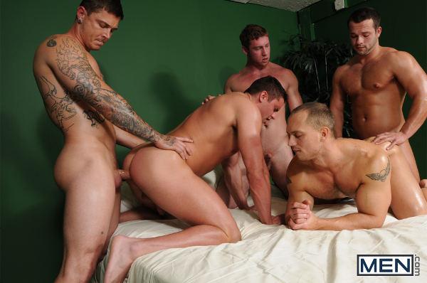 baise entre jeune mec gay bien chaud