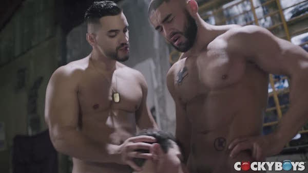 partouze gay avec François Sagat