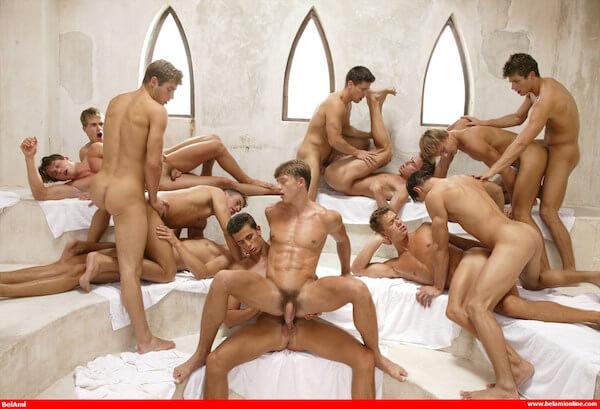 touze gay bareback au sauna