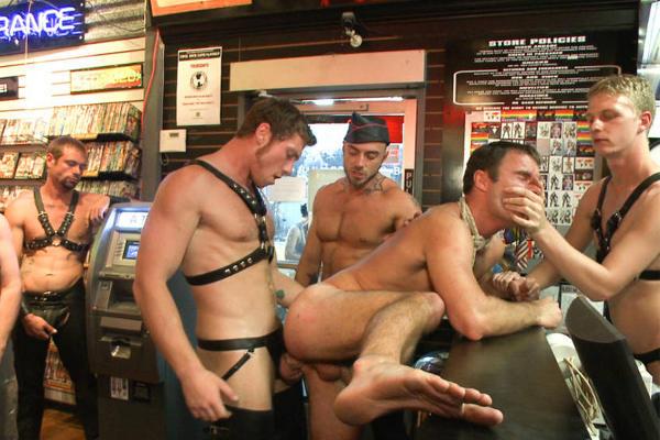 enculer dans un bar