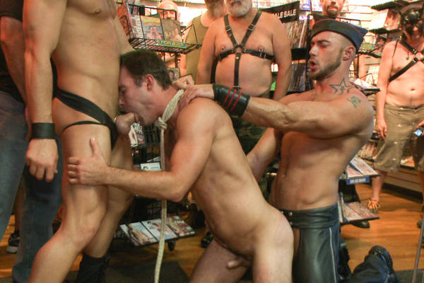fellation gay bdsm annonce